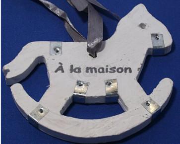 Houten hanger hobbelpaard 17,5 cm